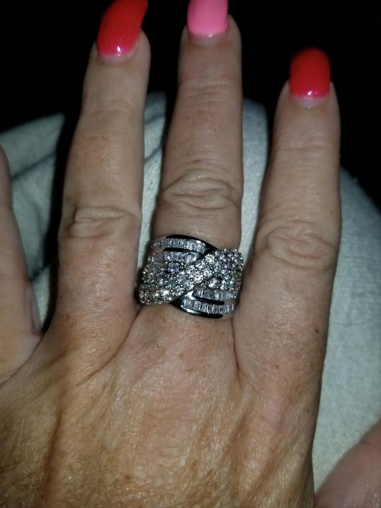 Women Chic 925 Sterling Silver Natural White Sapphire Gemstone Criss Cross Wedding Ring