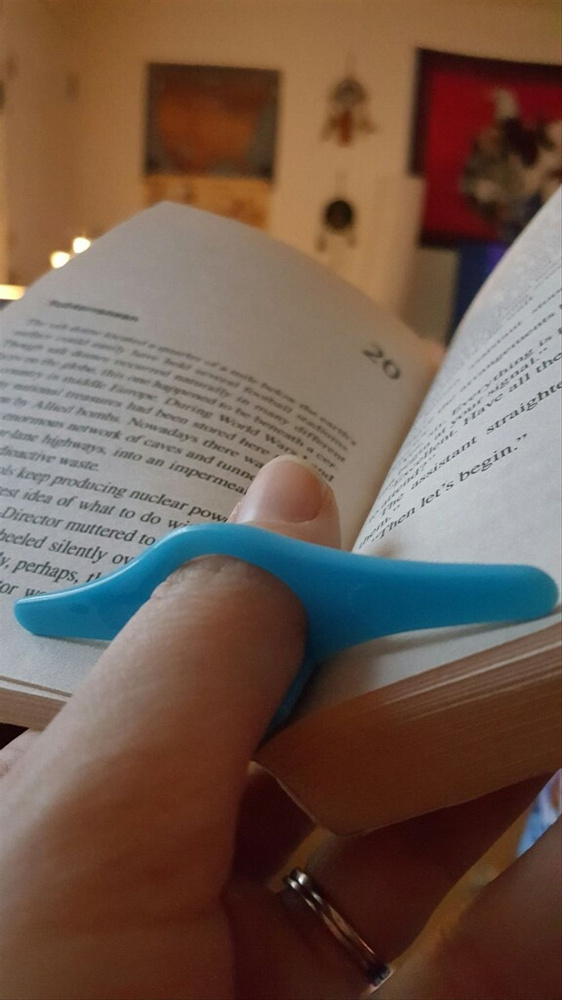 Geek | Thumb Book Page Holder Marker Finger Ring