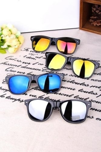 Picture of Unisex Retro Vintage Classic Style Sunglasses Shades