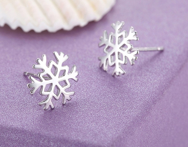 New Korean Favourite 925 Sterling Silver Snowflake Stud Earrings Classic Christmas
