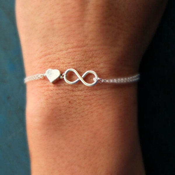 Picture of Women Vintage Lucky Number 8 Silver Plated Love Heart Pendent Shape Chain Wrist Bracelet