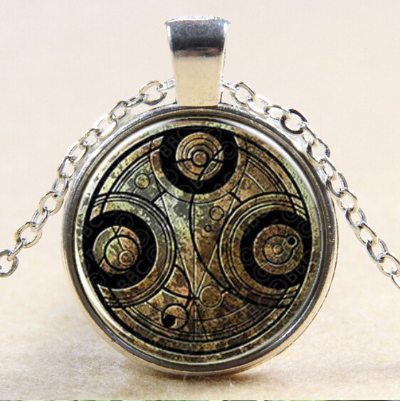Steampunk Movie Cosplay Doctor Who Time Gems Chain Necklace Pendant Men Women's Fashion Jewelry Accessories Antique