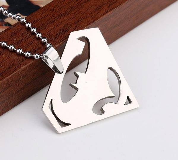 Wish Creative Titanium Steel Batman Vs Superman Logo Pendant Chain