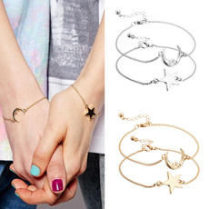 2pcs Charming Friendship Best Friends Sister Moon Star Pendant Bracelet Chain Bangle