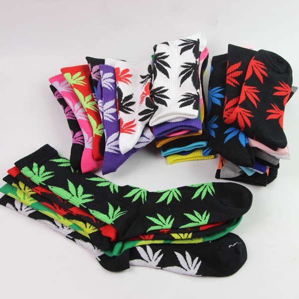 1Pair Winter Cotton Long Thick Sock Marijuana Weed  Maple Leaf Sport Socks Ankle Crew Women/Men