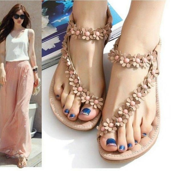 Picture of Women Pretty Floral Flat Boho Shoes Beach Sandals Flip Flop Thong Slippers