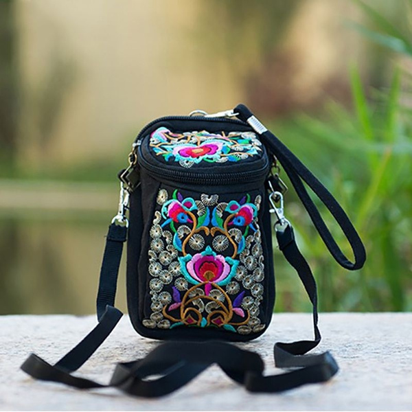 Picture of Embroidered Shoulder Bag Small Canvas Purse Cross Body Tote Travel Satchel Bag Random Color
