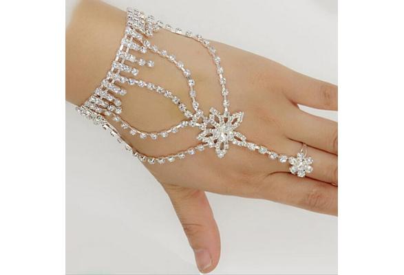 Charming Lady Jewelry Bracelet with Ring Chain Slave Rhinestone Wedding Bridal