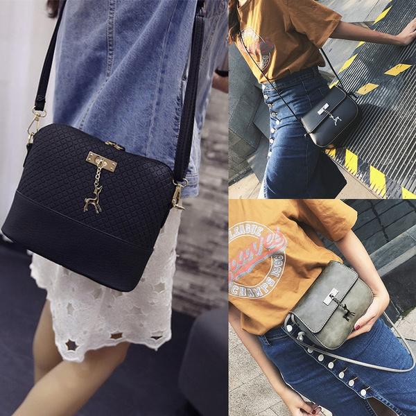 Picture of Fashion Women Plaid Pattern Small Deer Pendant Shell Shoulder Handbag
