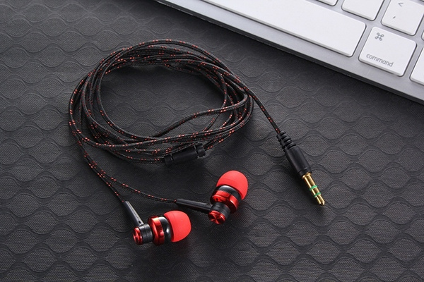 Picture of Balight Mp3 Mp4 Wiring Subwoofer Earphone Earplug Headphones Noise Isolating Ropewired Stereo Earbud Sport Headphone