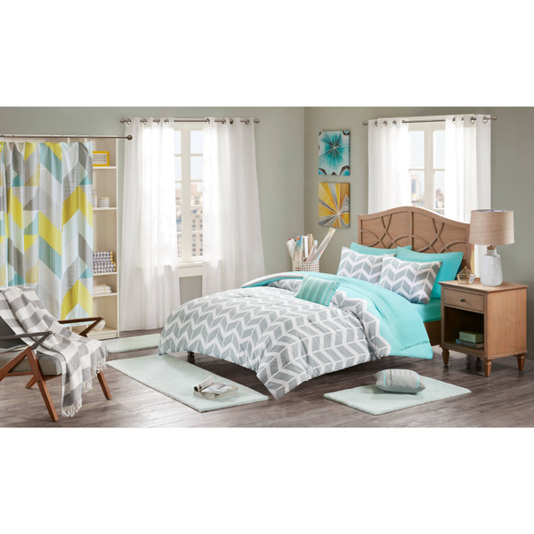 Wish Intelligent Design Laila Grey And Teal Chevron Comforter Set
