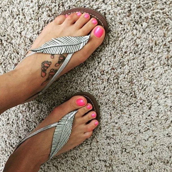 Picture of Size34-43 Summer Women New Arrival Casual Sandals Solid Ankle Strap Flat Summer Slipper Sandles