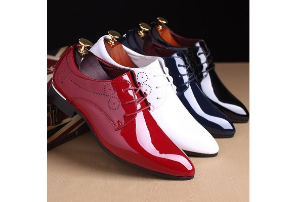 Men New Fashion Bright Pointed Toe Wedding Shoes Business Patent Leather Lace Up Shoes Plus Size 38-48