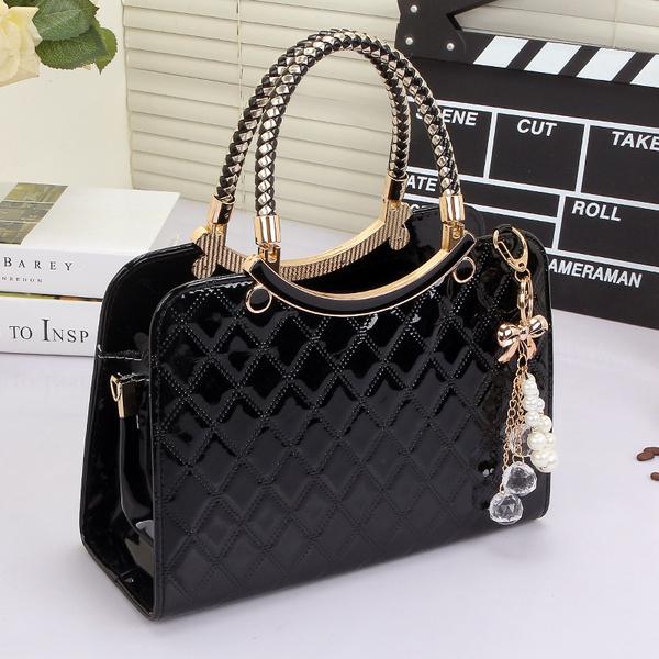 Picture of Women Handbags Fashion Ladies Crossbody Bag Large Capacity Pendant Satchel Bag
