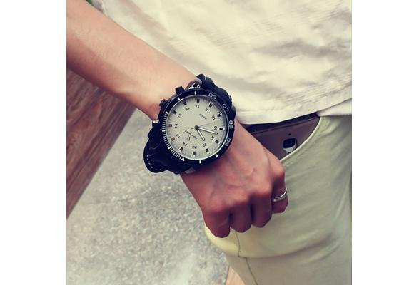 High Quality Classic Quartz Watch Male Female Vintage Outdoor Sports Wrist Watch