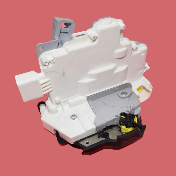 Front Left Driver Side Power Door Lock Latch Actuator For Audi A3 A4 A6 C6  A8 R8 Seat Exeo ST 4F1837015E 8E1837015AA 4F1837015