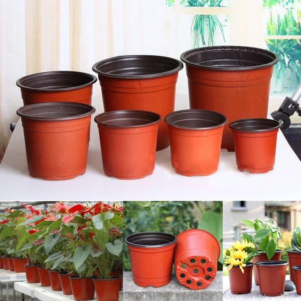 About 100 Pcs Plastic Garden Nursery