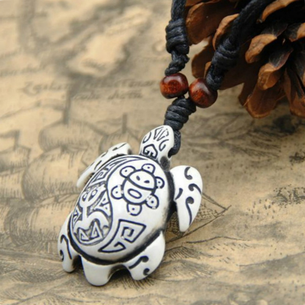 Europe And The United States Retro Yak Bone Carving Turtle Pendant Necklace Wax Leather Rope Sea Turtles Necklace Fashion Exquisite Jewelry Pcs Lot Wish