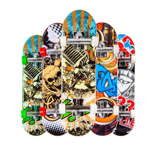Plastic Mini Finger Skateboarding Fingerboard Toys Classic Chic Game Boys Desk Toys Random Color