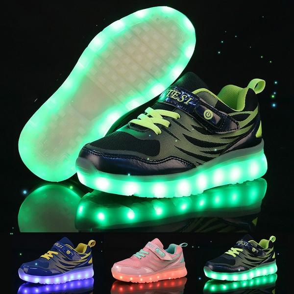 2dd83872358c Barn USB Laddning Lysande Skor LED Ljus Upp Skor Utomhus Sport ...
