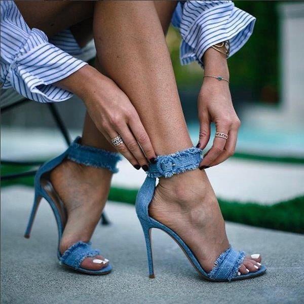 3c27396bd841d 2018 frauen frühling sommer jeans sandalen mädchen denim knöchelriemen high  heels schuh sexy weibliche handel sandalen stiletto hochzeit schuhe