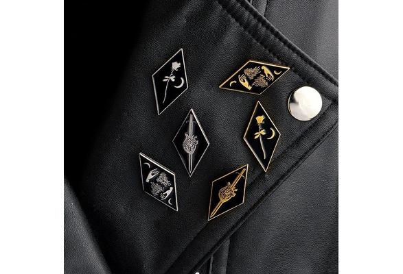 Dark Art Enamel Pins Rose Moon Brooch Create Destroy Create Pins Heart Sword Badge Denim Jacket Lapel Pins Jewelry