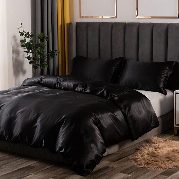 nakesleep, silkbeddingsheet, satinbedsheet, Cover