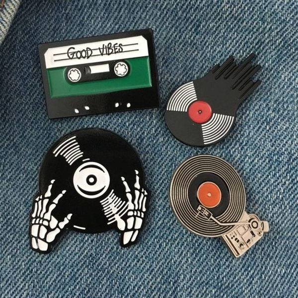 DJ Turn Table Lapel Pin Tie Tack Collector Enamel Pin Music Albums DJ  Turntable Music Fun Party Time Tie Tack