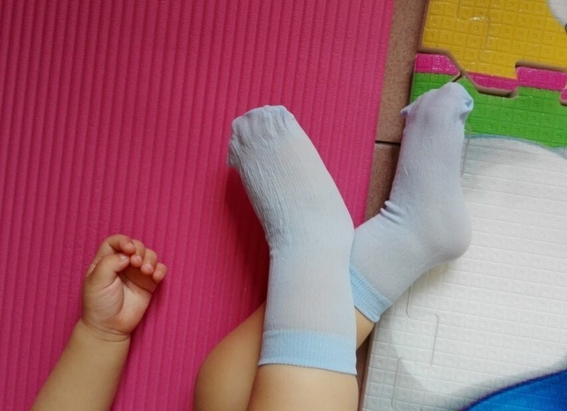 Игрушки NUKied Одноразовые дети носки мягкий хлопок носки младенца носки конфеты цвета носки для игры (5 пар / лот) (Фото 6)
