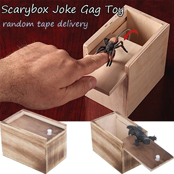 Novelty Hilarious Scary Box Spider Prank Wooden Scarybox Joke Gag Toy No Word