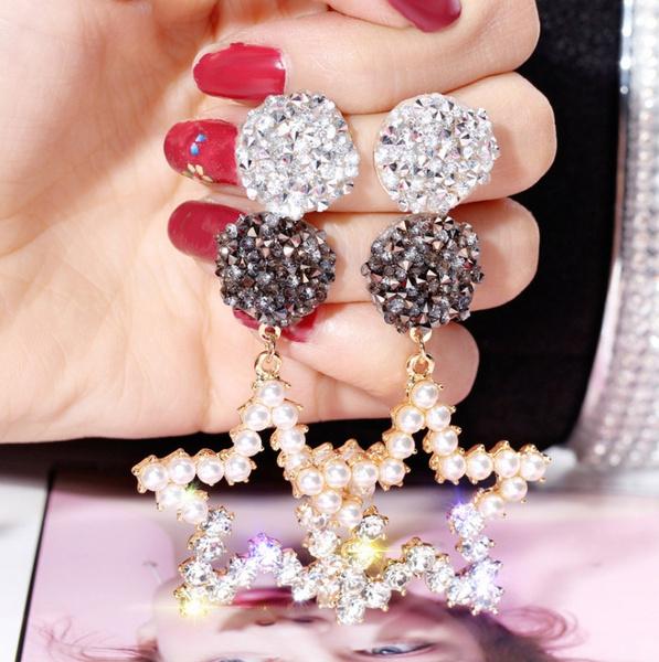 DIAMOND, Jewelry, Earring, Geometry