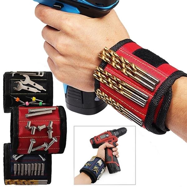 Nails, Fashion Accessory, Fashion, Wristbands