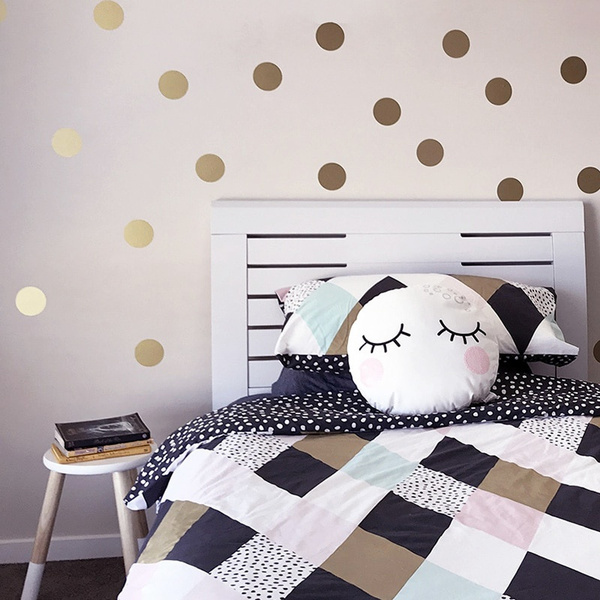 Easy Peel + Stick Gold Wall Decal Dots - 1.6 Inch (52 Decals) - Safe on  Walls & Paint - Metallic Vinyl Polka Dot Decor - Round Circle Art Glitter  ...
