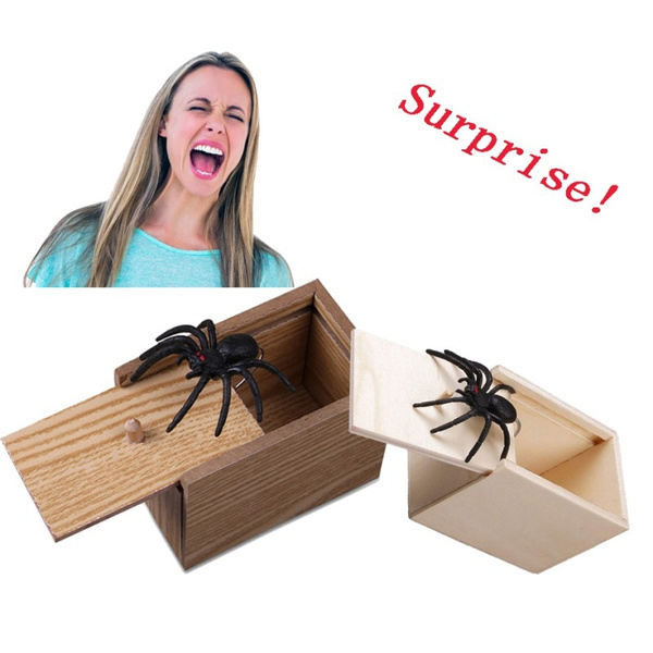 Wooden Prank Spider Scare Box Hidden in Case Trick Play Joke Gag Toys Gifts O6
