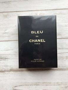 Fashion, parfume, persistent, France