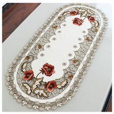 King, tablemat, vintagetablecloth, Lace