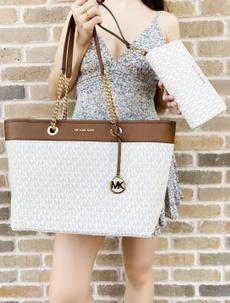 Wallet, Women's Fashion, Totes, Handbags