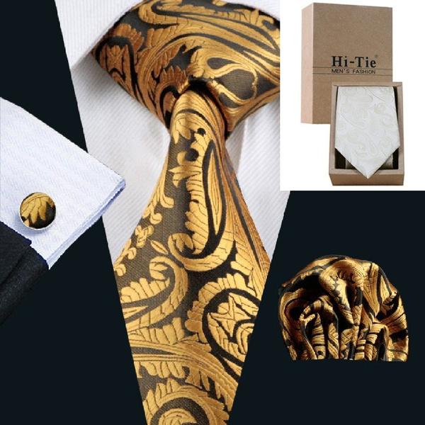 Box, businesssuit, tie set, goldpaisleytie