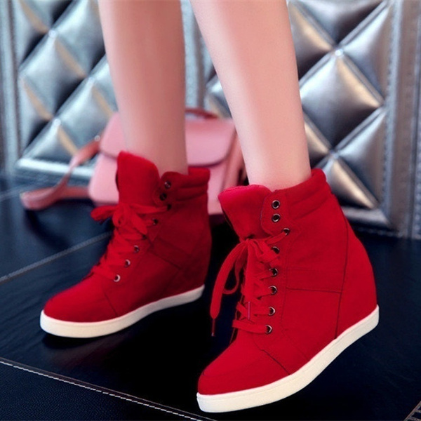 red tennis shoes womens