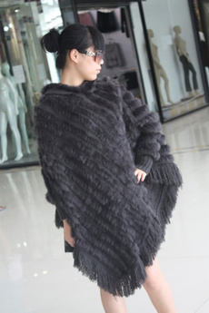 shawl and wraps, hooded sweater, fur, grayblack
