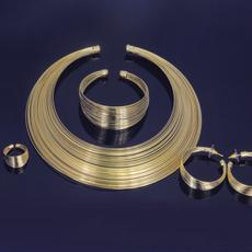 bigjewelryset, diamondjewelrysetsdubai, christmasjewelrygift, brandjewelrygold