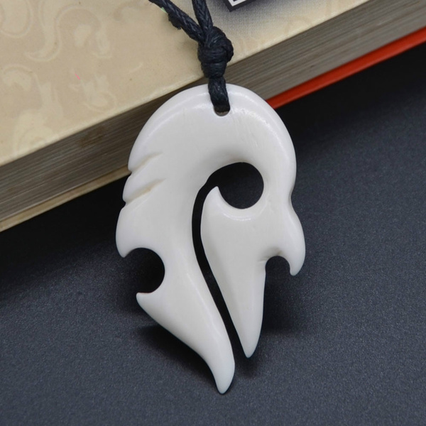 1pc New Zealand Maori Handmade Carved Ox Bone Totem Pendant Manaia Necklace Hawaiian Surfer Choker Unisex Gift Wish