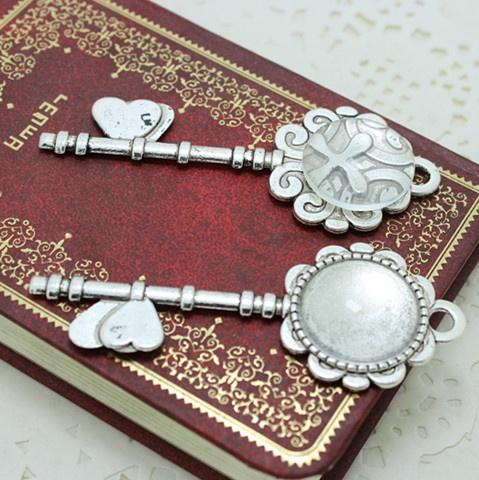 Jewelry, Bell, Glass, Metal