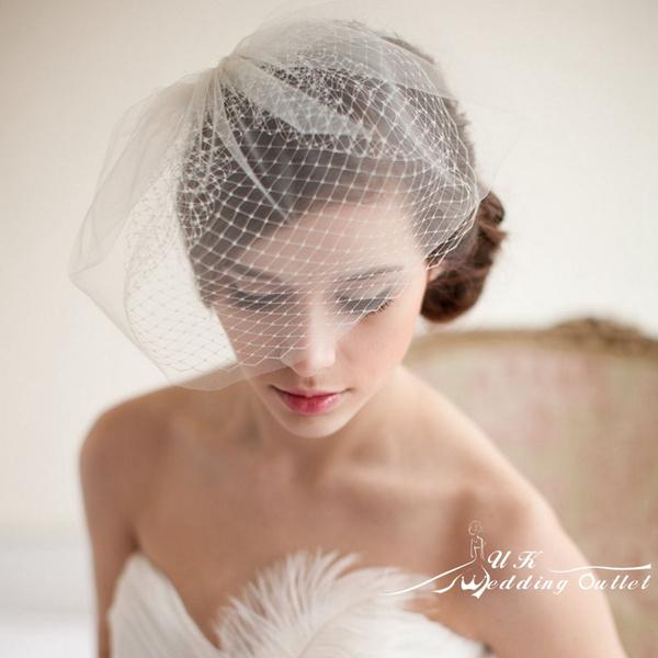 Head, birdcage, fascinator, veil