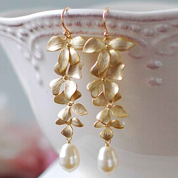 Flowers, Jewelry, Gifts, pearls