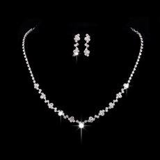 weddingnecklaceearringsset, Women's Fashion & Accessories, Jewelry, Crystal