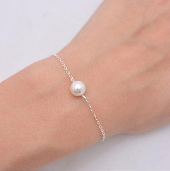 Girlfriend Gift, Pearl Bracelet, gold, Bracelet Charm