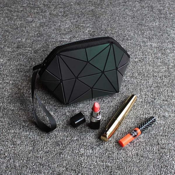Makeup bag, Beauty, Makeup Tools & Accessories, Travel