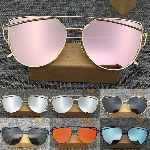Women's Flat Lens Mirrored Metal Frame Oversized Cat Eye Sunglasses Medium