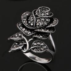 Silver Jewelry, Flowers, Jewelry, Classics
